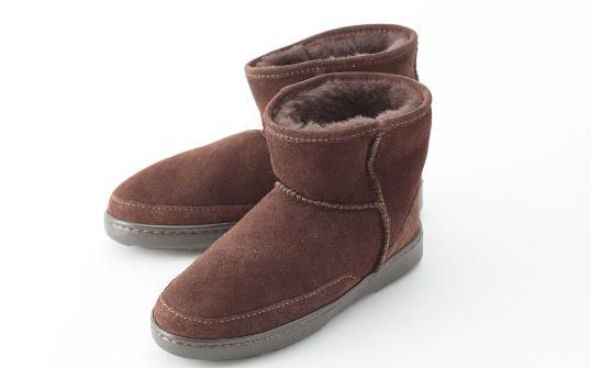 雪地靴的清洗與保養方法